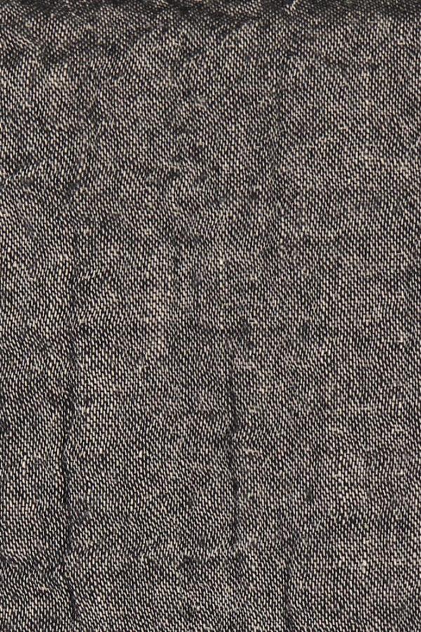 Graphite linen trow closeup